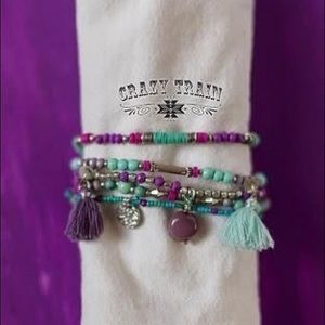 Multi strand stretchy bracelet